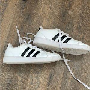 Adidas cloud foam memory shoes